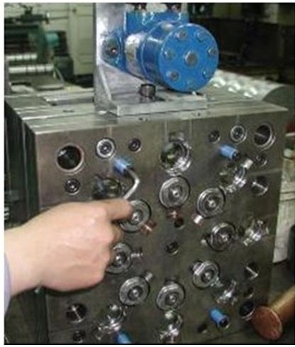injection cap molding