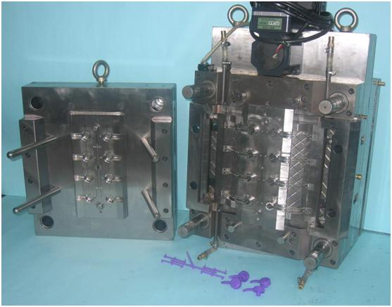 lotion pump mold
